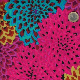 Tissu Kaffe Fassett Dahlia Blooms fuchsia GP54.