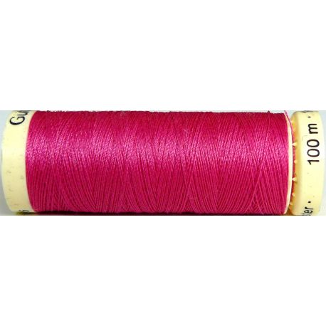 Fil à coudre 100% polyester Gutermann Fuchsia