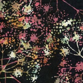 Tissu batik branches corail et vertes fond noir