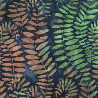 Tissu batik Kaffe Fassett - Fougères brunes et vertes fond nuit (Fronds) - Artisan
