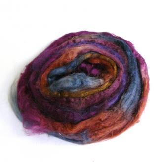 Soie Tussah teinte en prune, brun et bleu