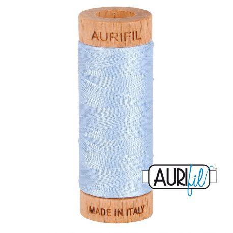 Fil de coton Mako 80 Aurifil - Bleu Ciel 2710