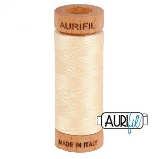 Fil de coton Mako 80 Aurifil - Crème 2123