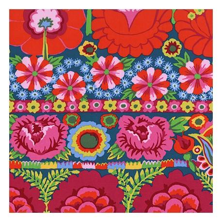 Tissu patchwork Kaffe Fassett - grandes fleurs fuchsia et rouge en bordures fond bleu - Artisan