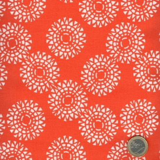 Tissu patchwork soleils blancs fond orange - Voyage de Kate Spain