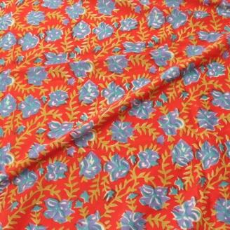 Voile de coton indien - Fleurs bleues fond rouge