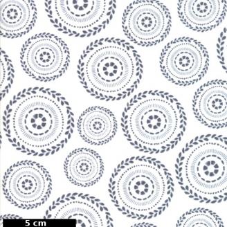 Tissu patchwork couronnes florales grises fond blanc - Harmony de Moda