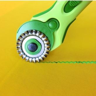 Lame à cranter pour cutter rotatif Clover