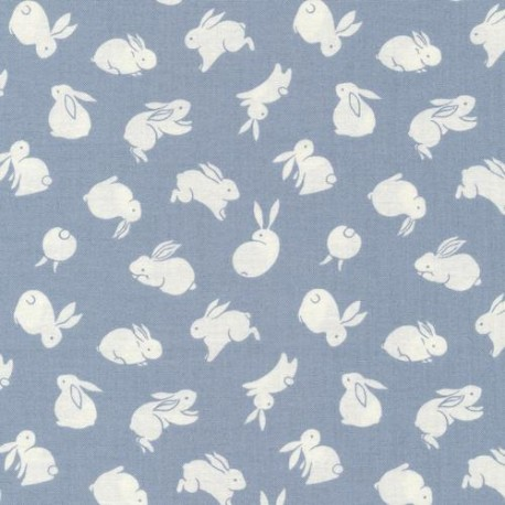 Tissu patchwork lapins blancs fond bleu gris - The Moon Rabbit