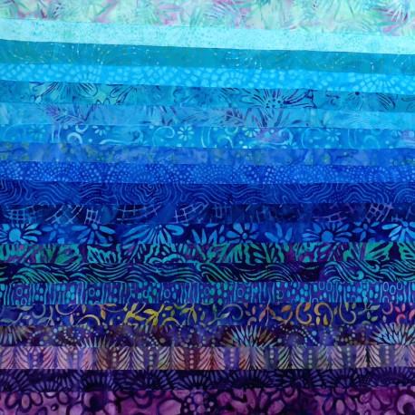 Joli roll de tissus batik - Mékong