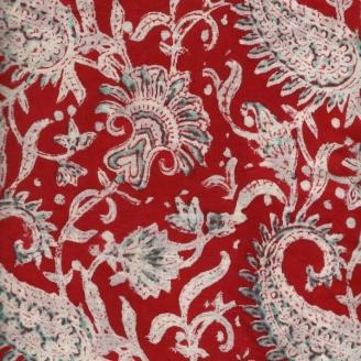 Voile de coton indien - cachemire blanc/vert d'eau fond rouge