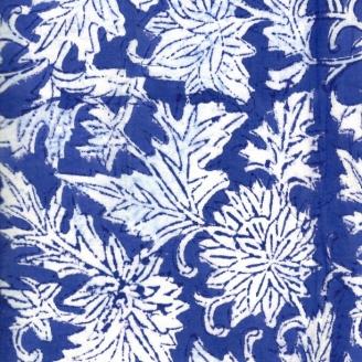 Voile de coton indien - feuilles blanches fond bleu foncé