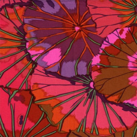 Tissu Kaffe Fassett feuilles de Lotus lie de vie (Lotus leaf wine)