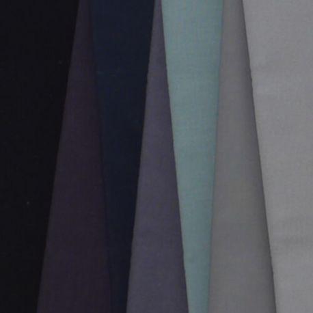 7 coupons de tissus unis Kona - 7 nuances de gris