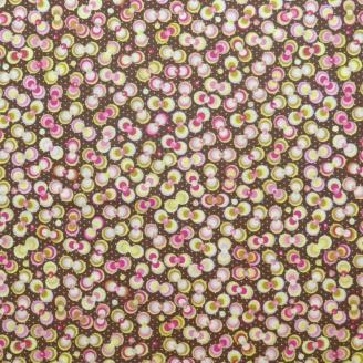 Tissu patchwork boules roses et vertes fond marron