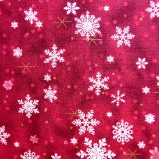 Tissu patchwork flocons blancs fond rouge foncé