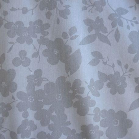 Tissu en grande largeur (270 cm) fleurs grises en ton sur ton