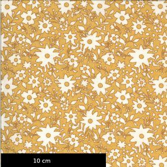 Tissu patchwork imprimé fleurs blanches fond jaune moutarde - Cider