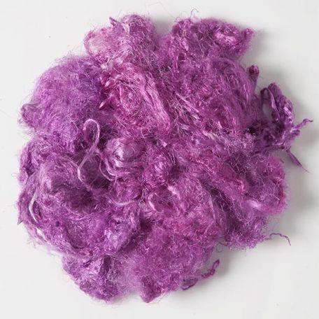 Fibres de soies violettes