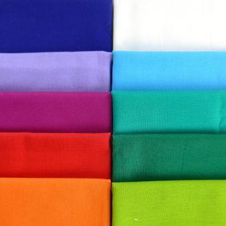 10 Fat Quarters de tissus unis Kona multicolores