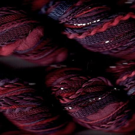 One's Off de Oliver Twists prune rouge 49