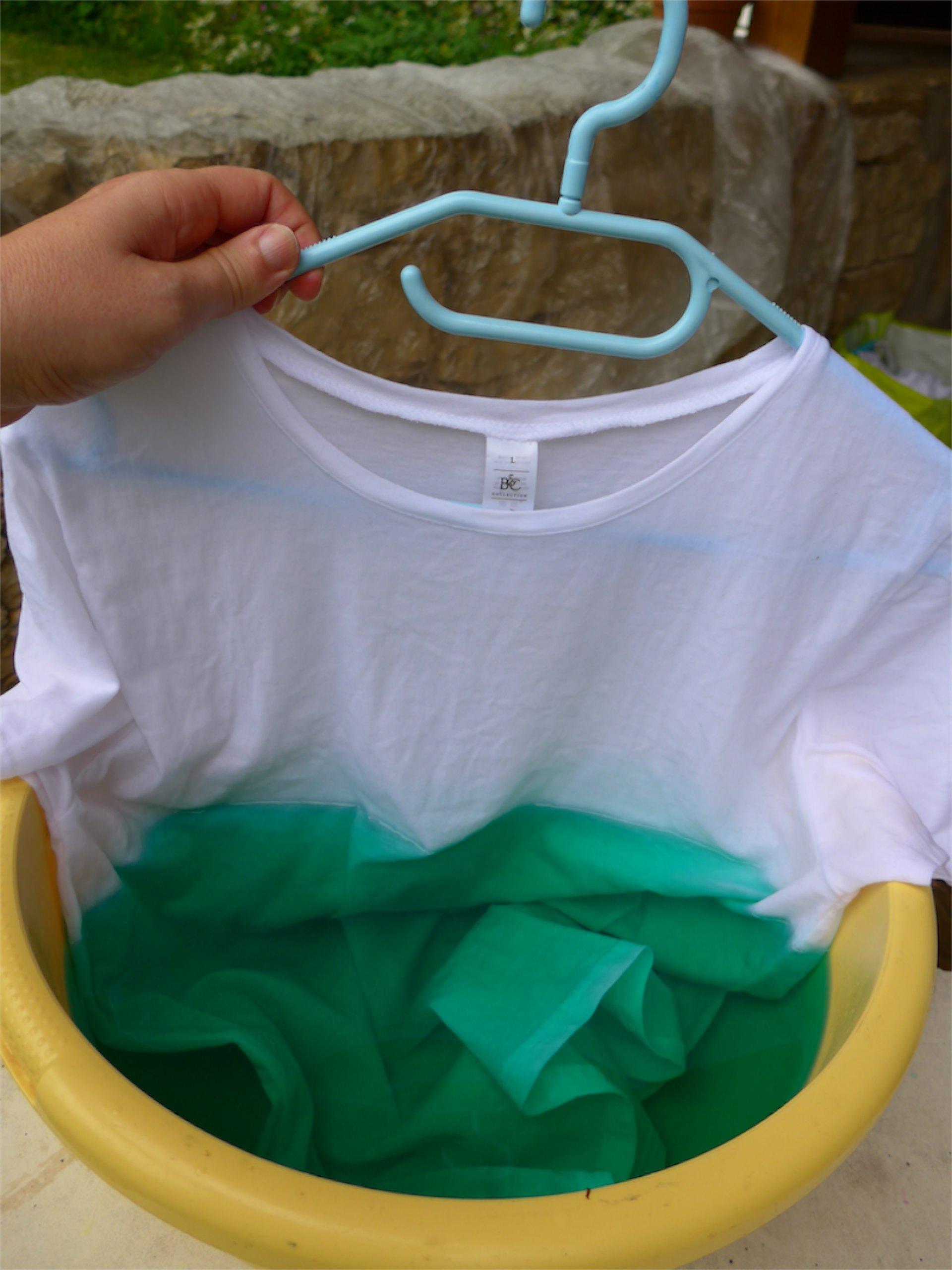 Teindre un tee-shirt en dégradé